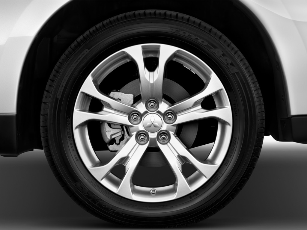 Image 2014 Mitsubishi Outlander 4wd 4 Door Gt Wheel Cap Size 1024 X 768 Type Gif Posted On