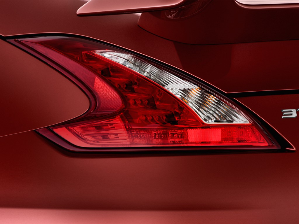 Nissan Z Door Coupe Manual Nismo Tail Light L