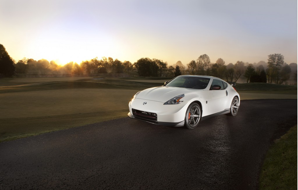 2014 nissan 370z nismo drifts forth with styling updates. Black Bedroom Furniture Sets. Home Design Ideas
