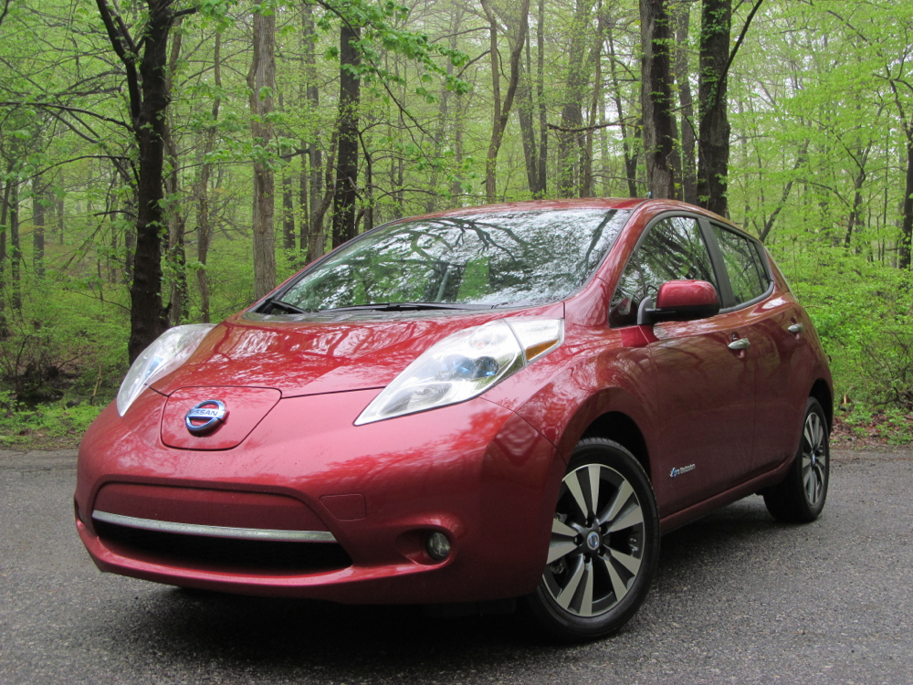 2014 nissan leaf review ratings specs prices and photos the car connection. Black Bedroom Furniture Sets. Home Design Ideas