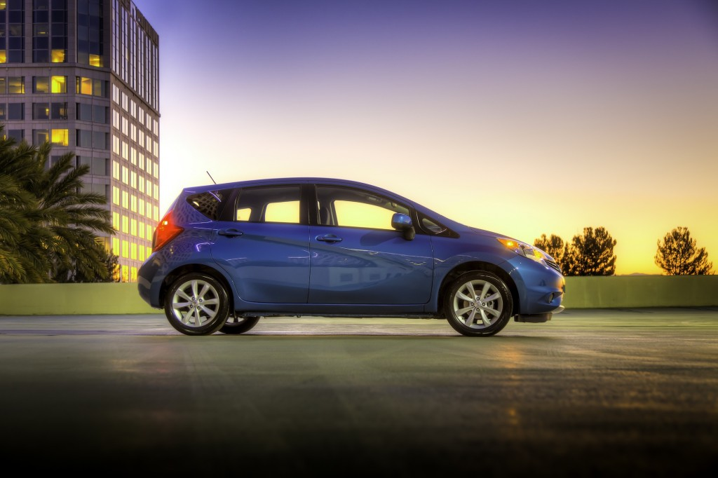 2014 nissan versa note tops subcompact gas mileage clever aero light weight. Black Bedroom Furniture Sets. Home Design Ideas