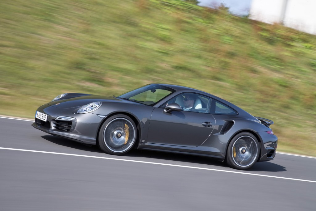 2014 porsche 911 pictures photos gallery green car reports. Black Bedroom Furniture Sets. Home Design Ideas