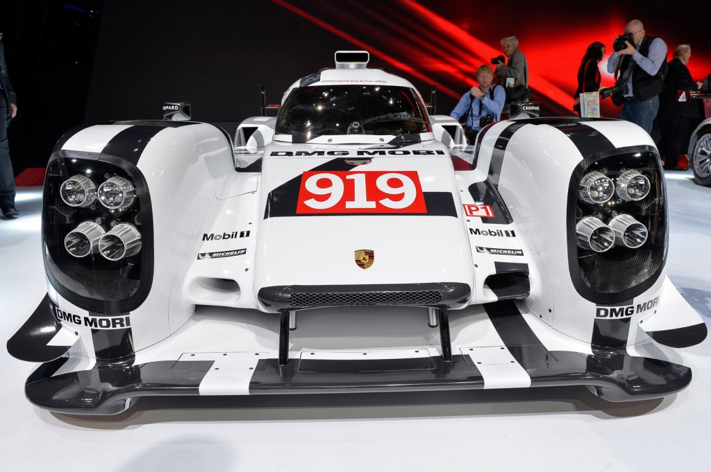 2014 Porsche 919 Hybrid Is The Essence Of Porsche: Video