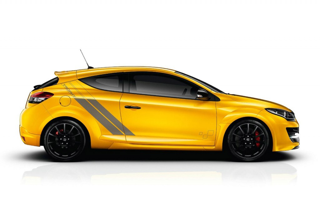 renault megane rs 275 trophy revealed ahead of 2014. Black Bedroom Furniture Sets. Home Design Ideas