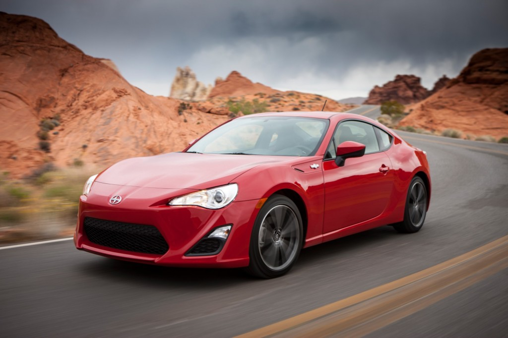 2014 scion fr s gets new features slight price increase. Black Bedroom Furniture Sets. Home Design Ideas