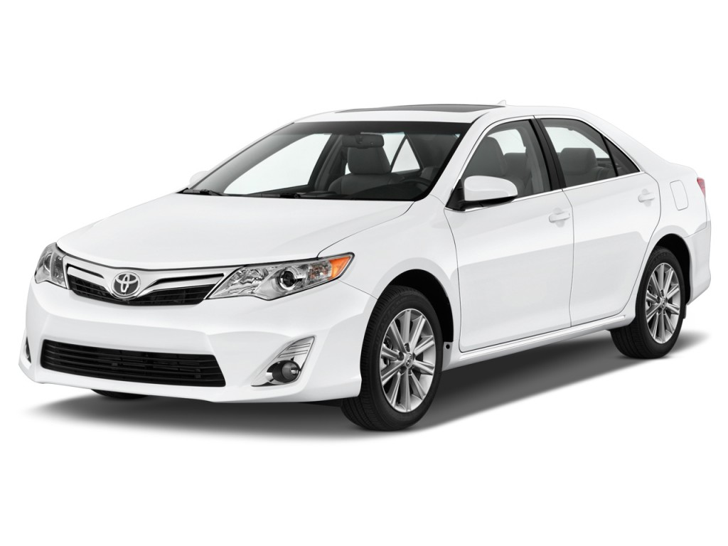 2014 toyota camry pictures photos gallery green car reports. Black Bedroom Furniture Sets. Home Design Ideas