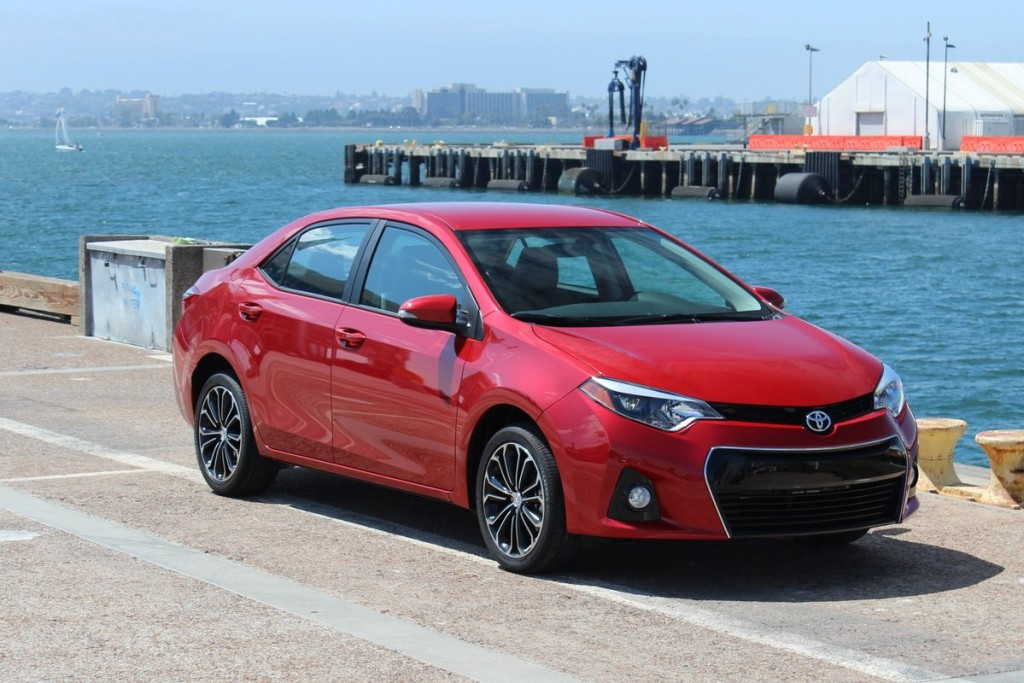 2014 toyota corolla first drive. Black Bedroom Furniture Sets. Home Design Ideas
