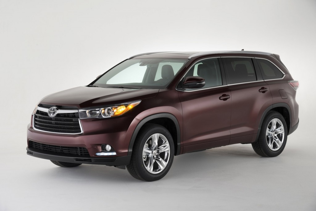 2014 Toyota Highlander Hybrid Debuts In New York