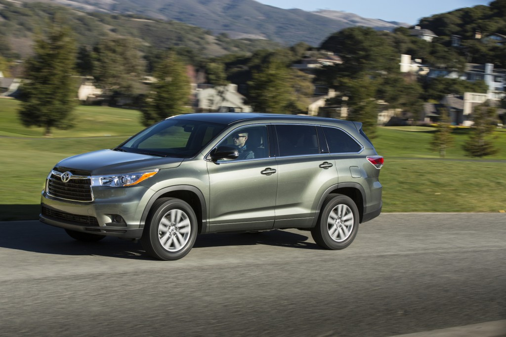 2014 toyota highlander pictures photos gallery green car reports. Black Bedroom Furniture Sets. Home Design Ideas