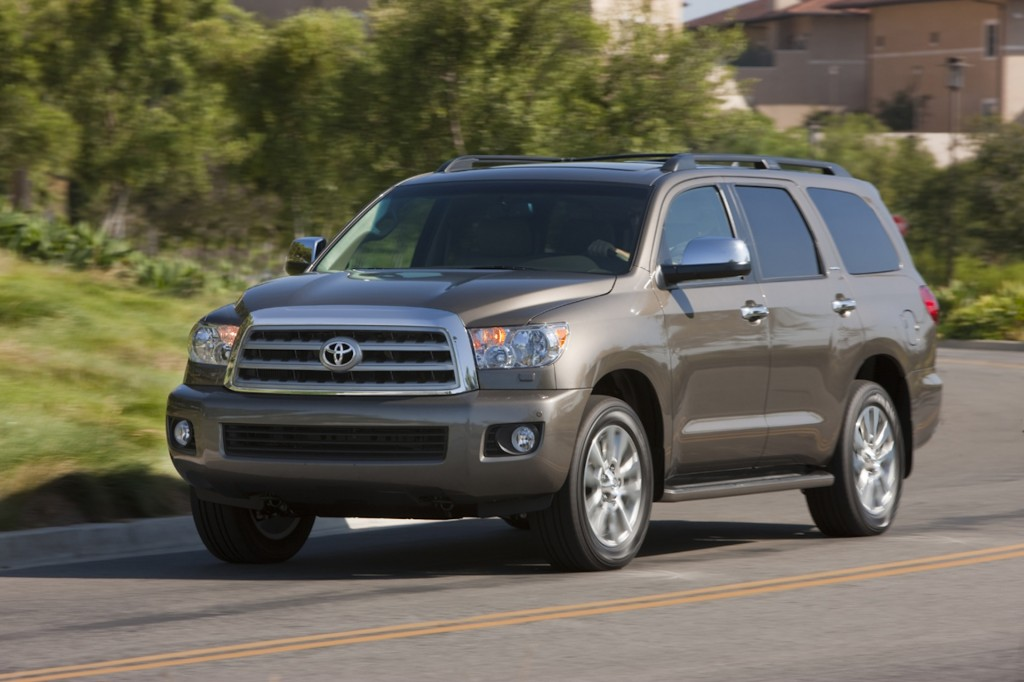 2014 toyota sequoia pictures photos gallery motorauthority. Black Bedroom Furniture Sets. Home Design Ideas