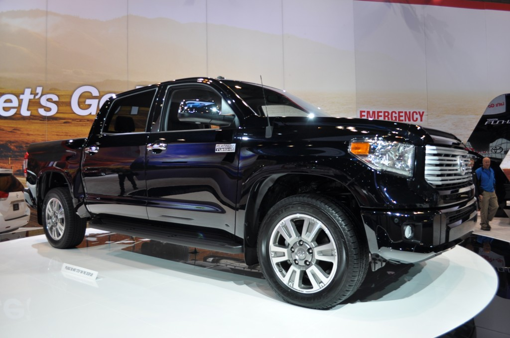 1 Week Roadtest Of This Year S Toyota Tundra Crewmax Limited 4x4 Margheritaarmyt Blog