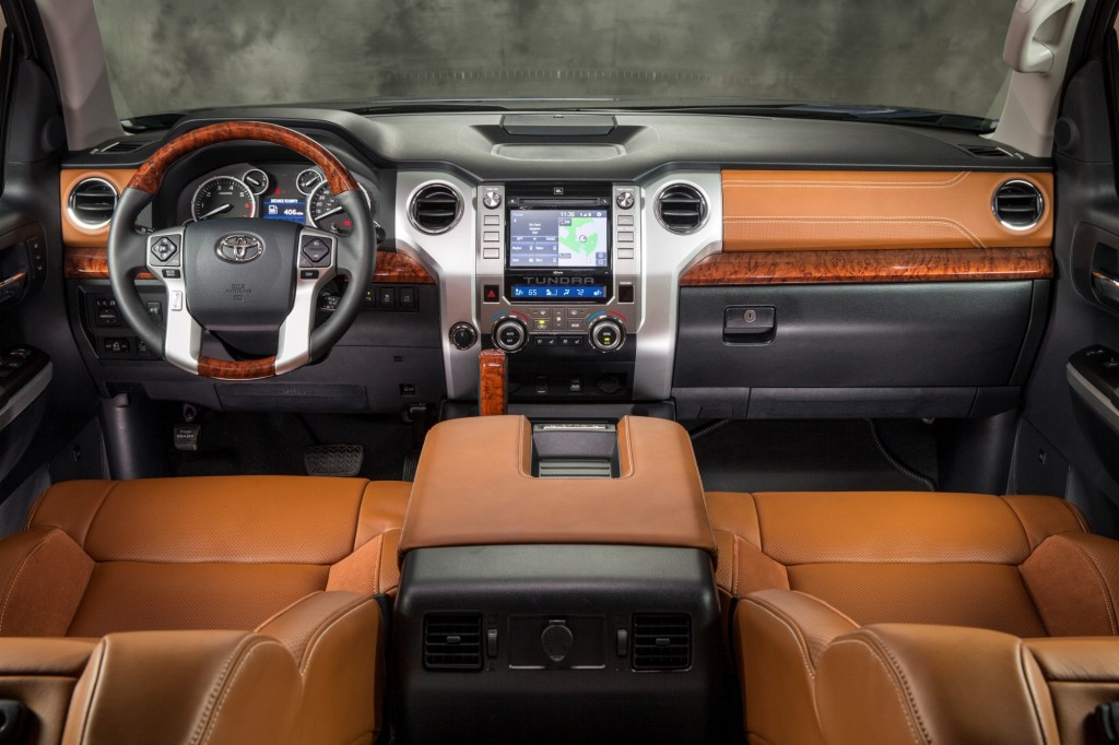 2014 toyota tundra first drive video. Black Bedroom Furniture Sets. Home Design Ideas