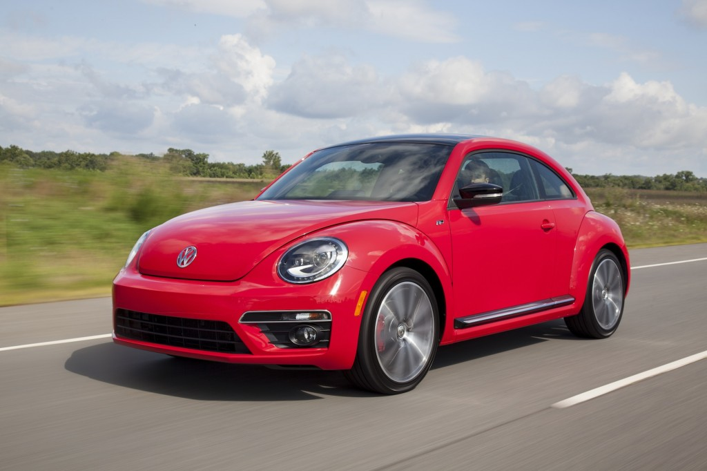 2014 volkswagen beetle vw pictures photos gallery green car reports. Black Bedroom Furniture Sets. Home Design Ideas