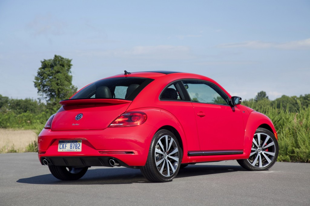 2014 volkswagen beetle vw pictures photos gallery motorauthority