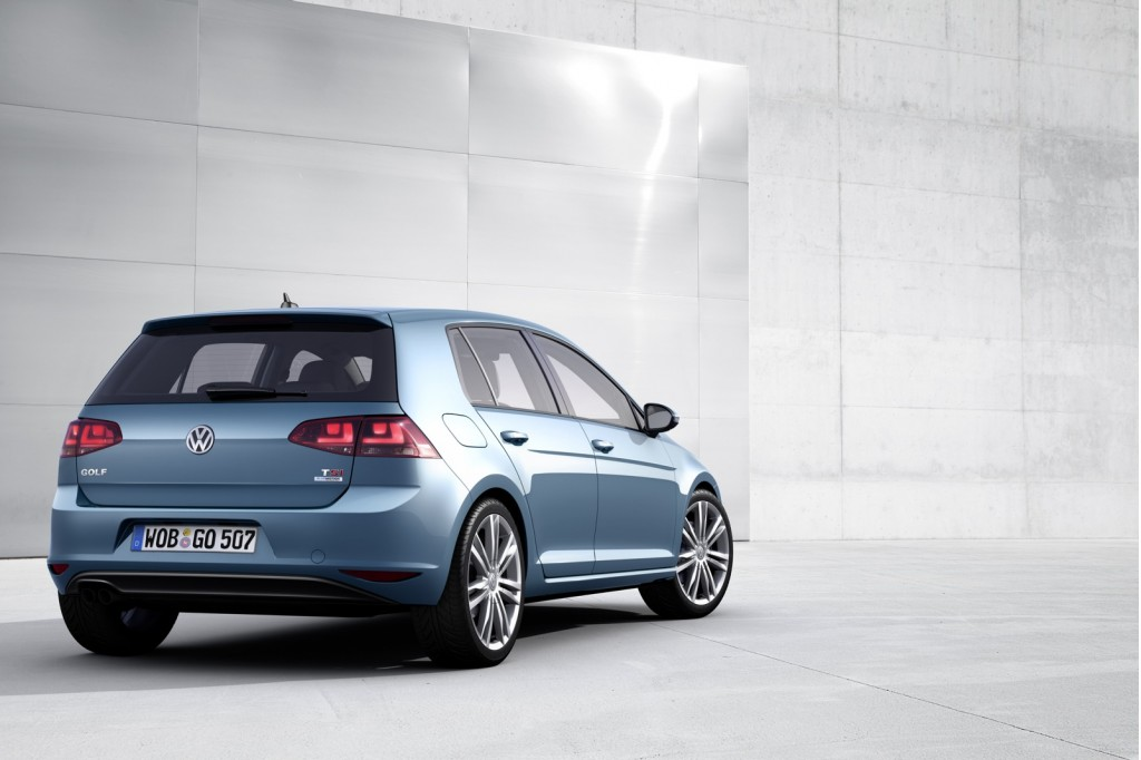 2014 Volkswagen Golf Preview: Lighter, Larger, More Efficient