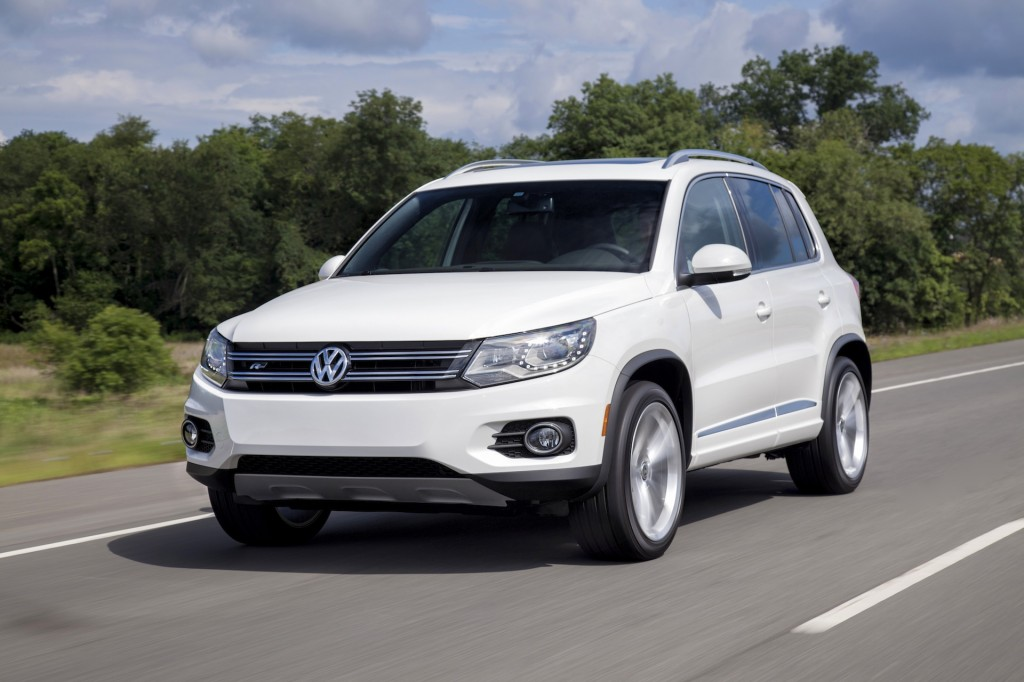 2014 volkswagen tiguan vw pictures photos gallery green car reports. Black Bedroom Furniture Sets. Home Design Ideas