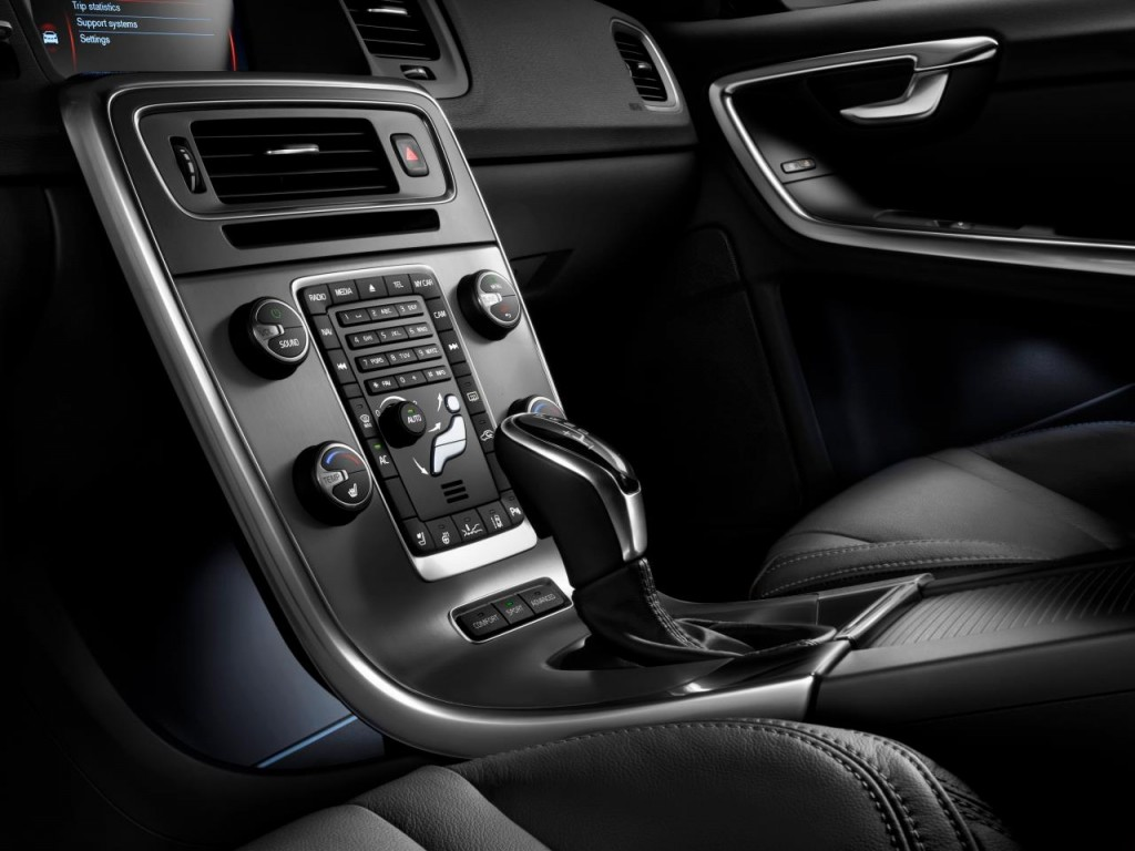 2014 Volvo S60 Up Close  Inside  U0026 Out  Gallery