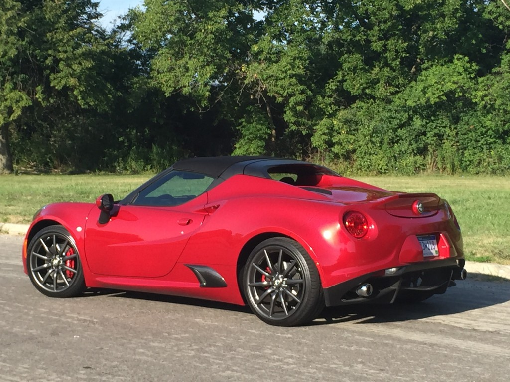 notes from the driveway 2015 alfa romeo 4c spider. Black Bedroom Furniture Sets. Home Design Ideas