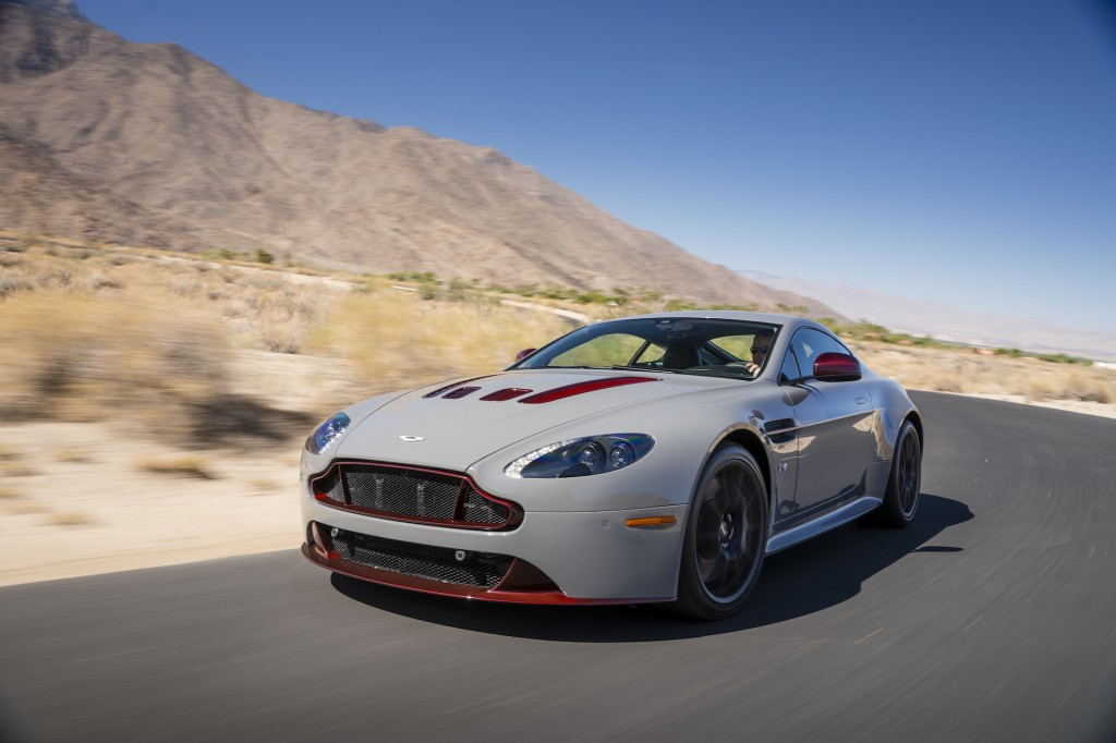 2015 aston martin v12 vantage s first drive. Black Bedroom Furniture Sets. Home Design Ideas