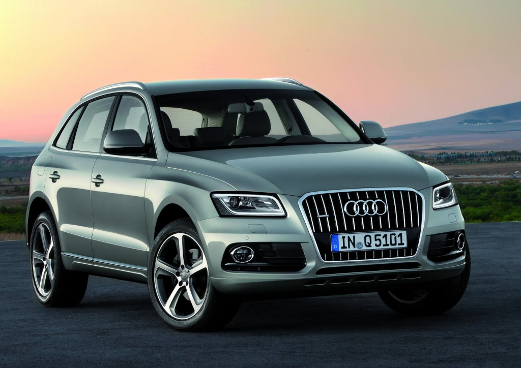 2015 audi q5 pictures photos gallery green car reports. Black Bedroom Furniture Sets. Home Design Ideas