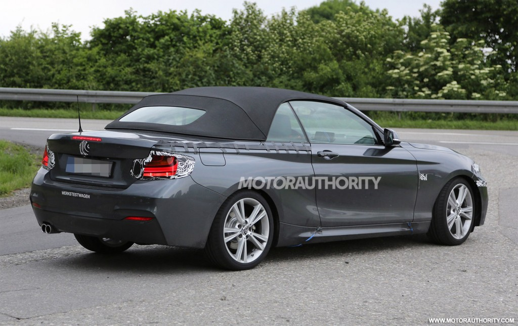 2015 bmw 2 series convertible spy shots. Black Bedroom Furniture Sets. Home Design Ideas