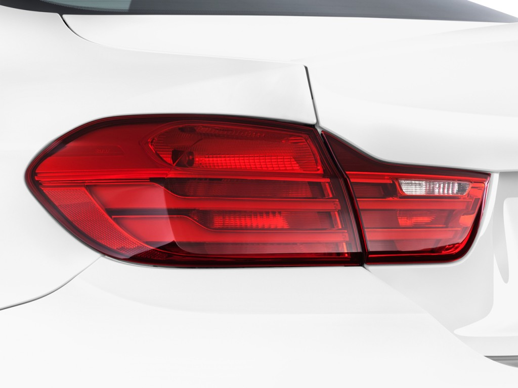 2015 Bmw M4 2 Door Coupe Tail Light