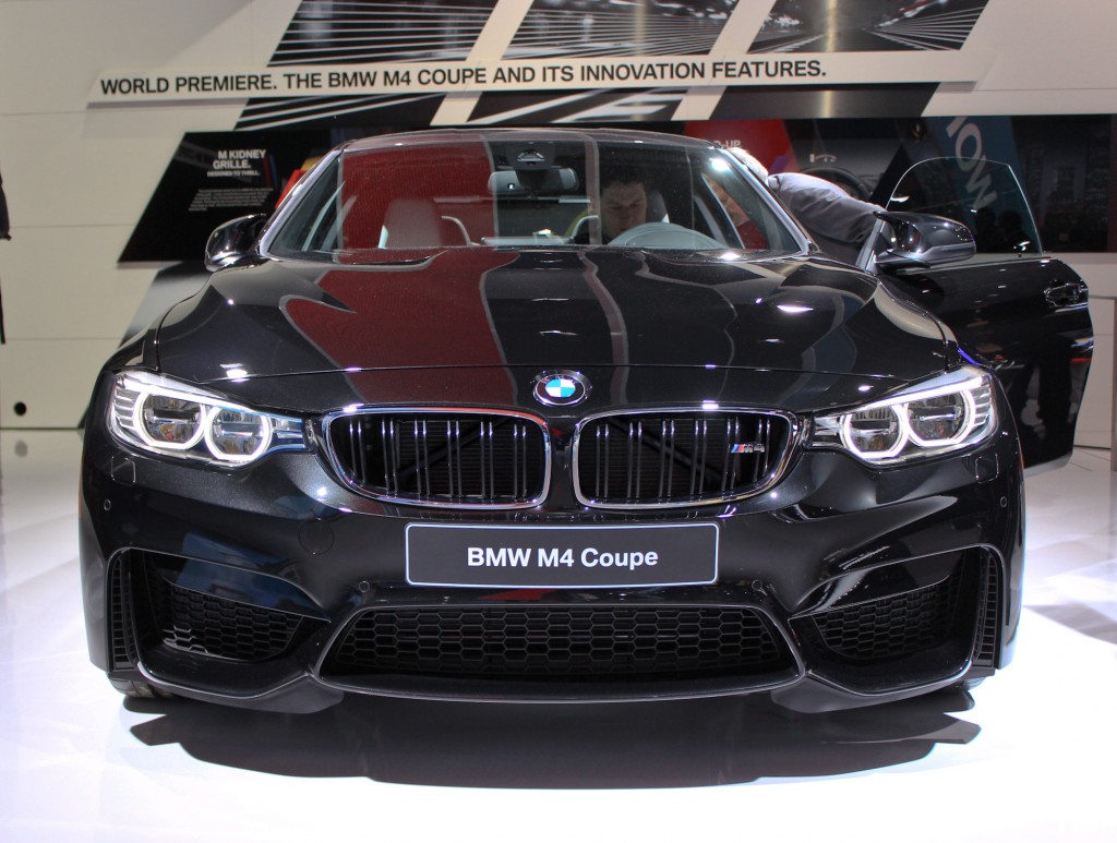 http://images.thecarconnection.com/lrg/2015-bmw-m4_100452713_l.jpg