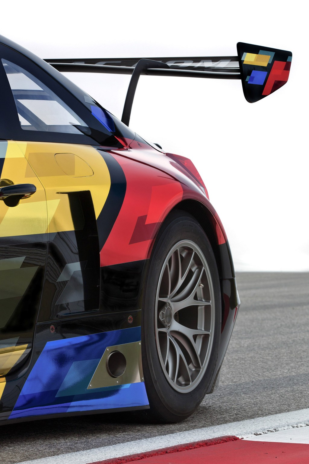 2016 Cadillac ATS-V Coupe Spawns GT3-Spec Race Car: Video