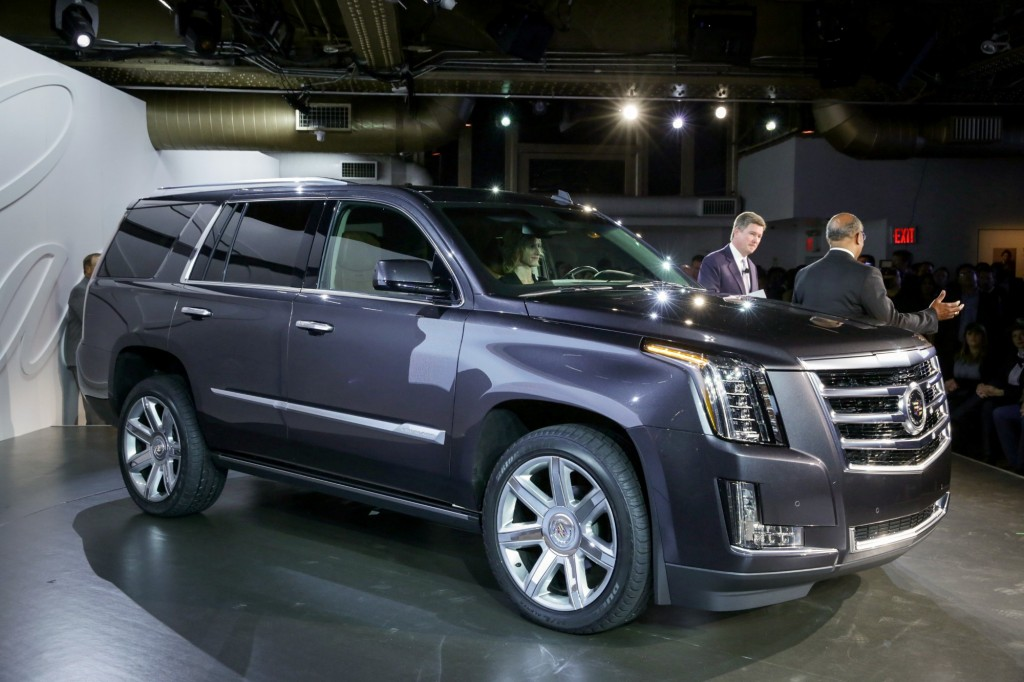 2015 cadillac escalade may still spawn ext pickup and hybrid variants report. Black Bedroom Furniture Sets. Home Design Ideas