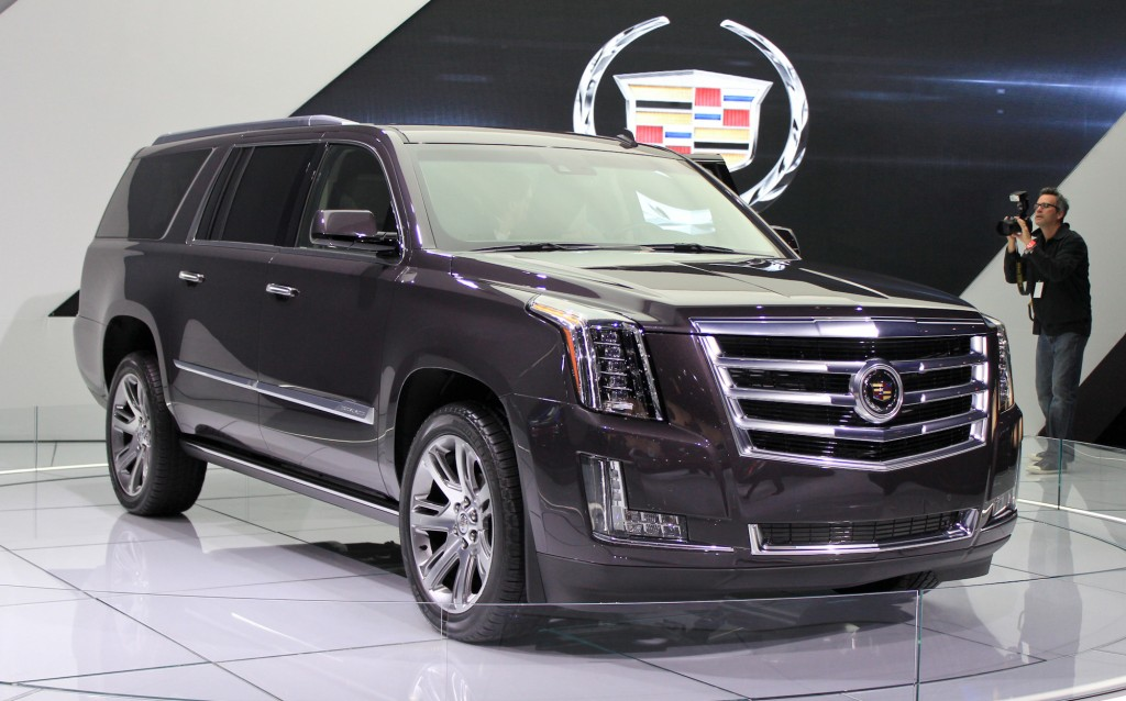 2015 cadillac escalade priced from 72 690. Black Bedroom Furniture Sets. Home Design Ideas