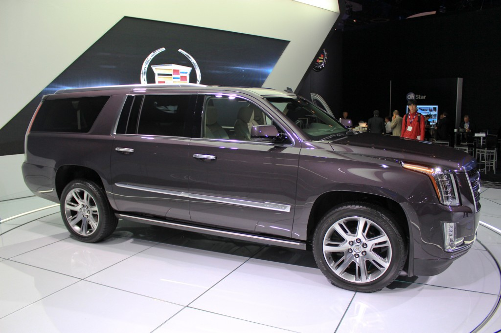 2015 cadillac escalade more power luxury efficiency live photos. Cars Review. Best American Auto & Cars Review
