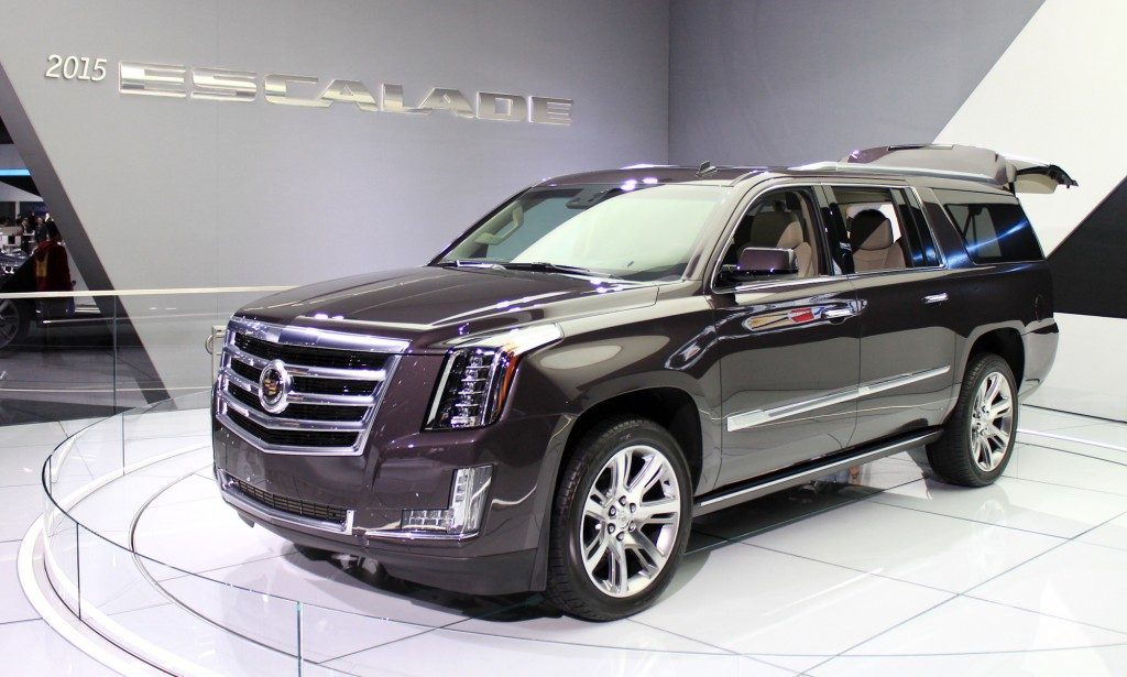 cadillac introduces its new escalade. Black Bedroom Furniture Sets. Home Design Ideas
