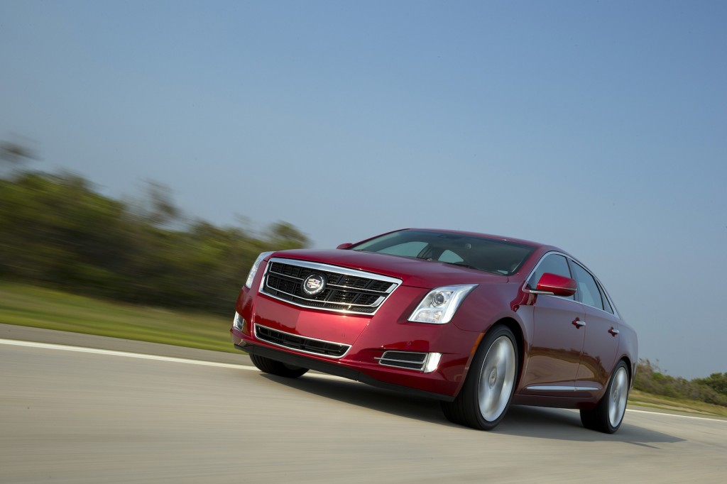 2015 cadillac xts pictures photos gallery the car connection. Black Bedroom Furniture Sets. Home Design Ideas