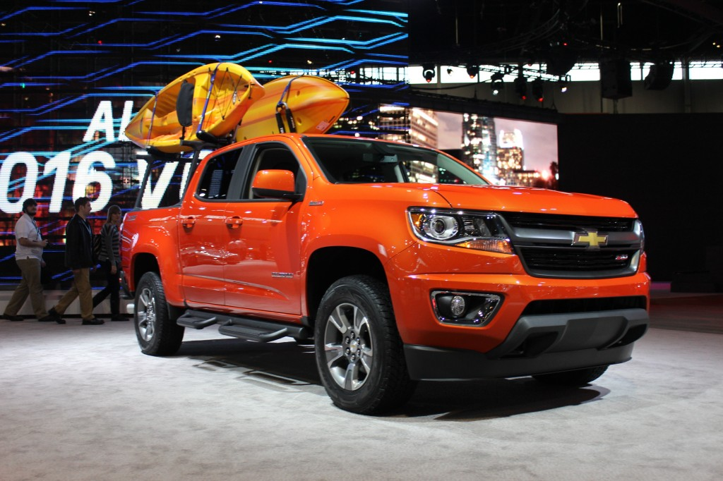 2015 chevrolet colorado gearon edition live photos 2015 chicago auto show. Black Bedroom Furniture Sets. Home Design Ideas