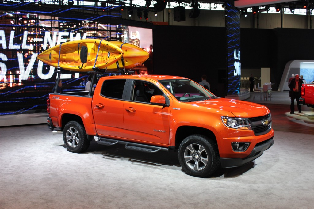 2015 chevrolet colorado gearon edition live photos 2015 chicago auto. Cars Review. Best American Auto & Cars Review