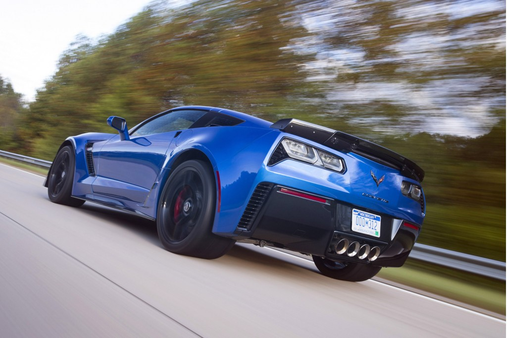 2015 chevrolet corvette z06 starts heading out to dealers. Cars Review. Best American Auto & Cars Review