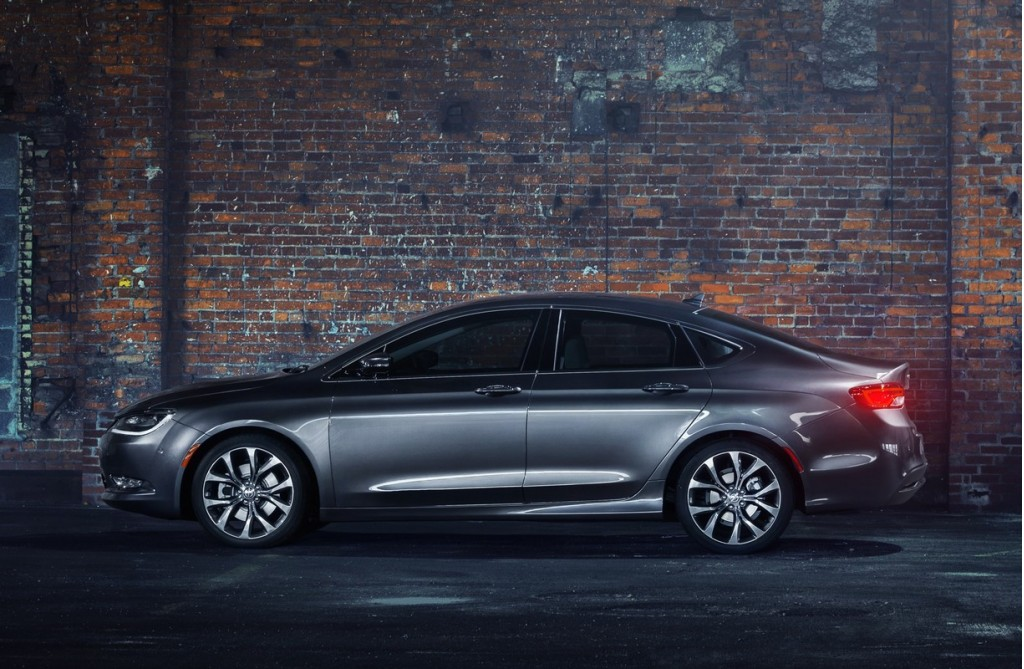 2015 chrysler 200 recalled for electrical problem that can. Black Bedroom Furniture Sets. Home Design Ideas