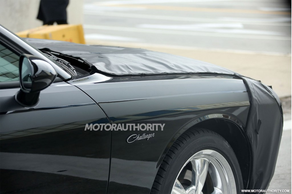 2015 Dodge Challenger Spy Shots