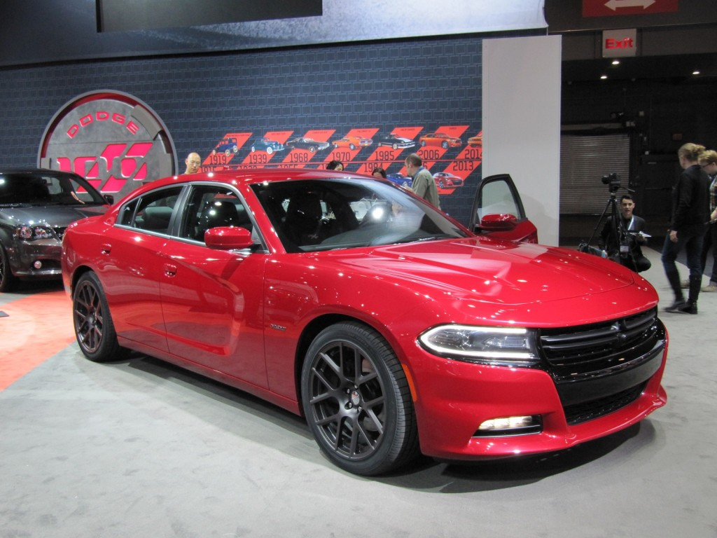 2015 Dodge Charger First Look Live Photos