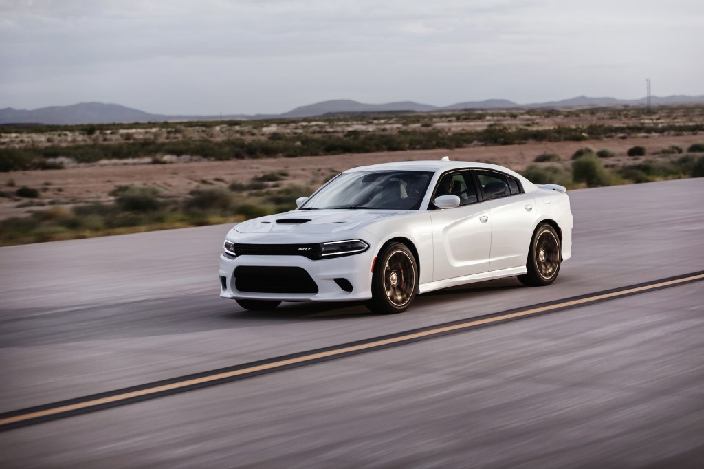 2015 dodge charger srt hellcat is world s most powerful sedan. Black Bedroom Furniture Sets. Home Design Ideas