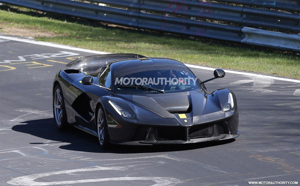 ferrari laferrari xx spy video. Black Bedroom Furniture Sets. Home Design Ideas