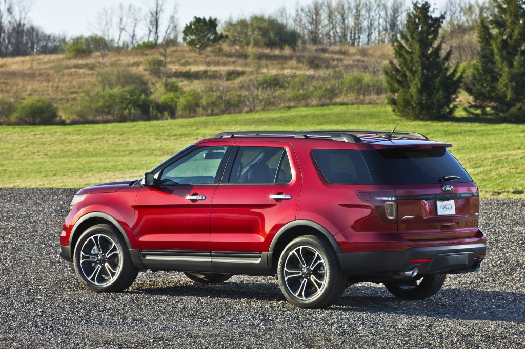 2015 ford explorer pictures photos gallery the car connection. Black Bedroom Furniture Sets. Home Design Ideas