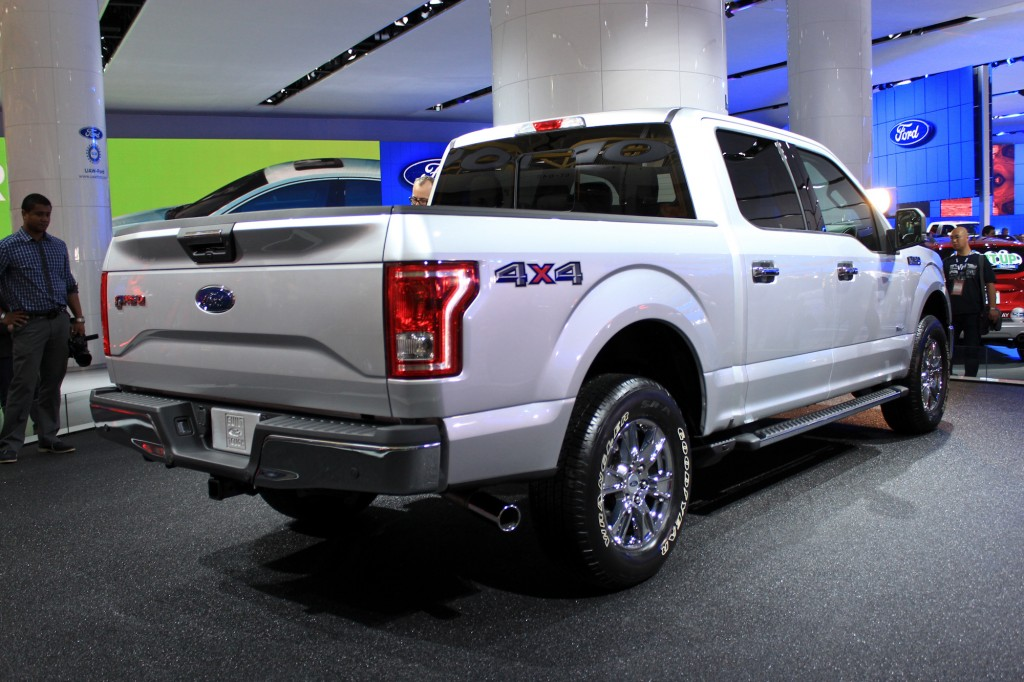 2015 ford f 150 live photos 2014 detroit auto show. Black Bedroom Furniture Sets. Home Design Ideas