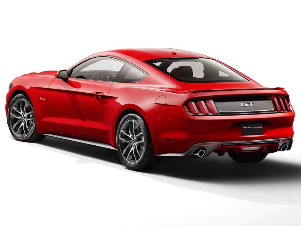 2015 ford mustang first look. Black Bedroom Furniture Sets. Home Design Ideas