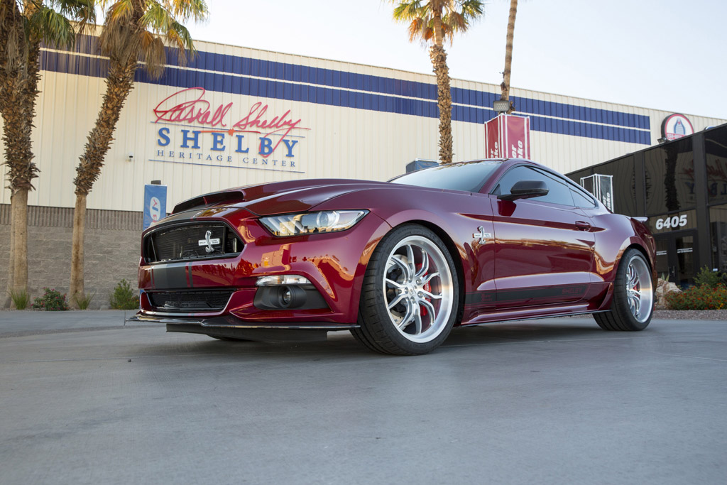 2015 ford shelby super snake slithers forth with over 750 horsepower. Black Bedroom Furniture Sets. Home Design Ideas