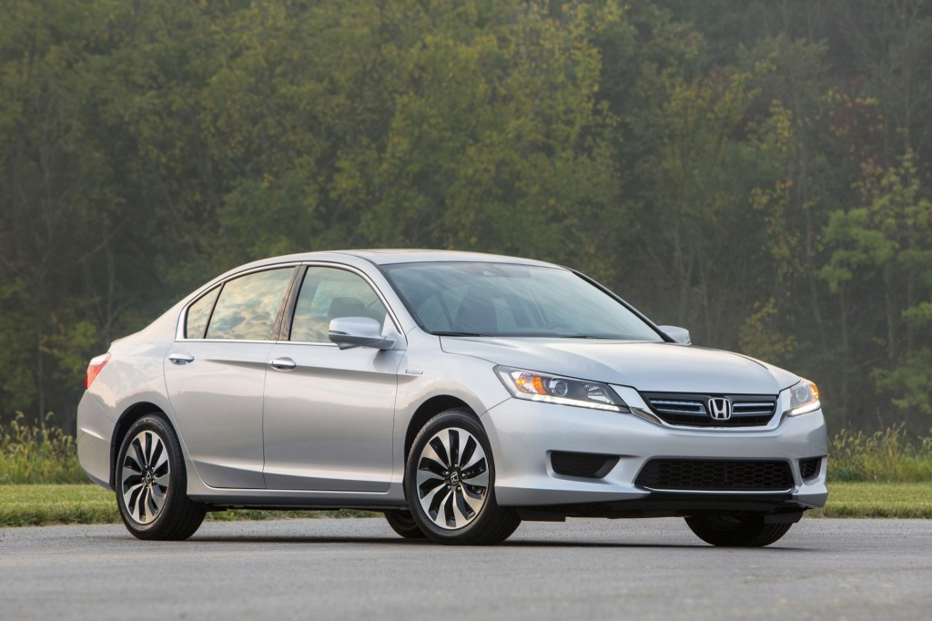 2015 honda accord sedan pictures photos gallery the car connection. Black Bedroom Furniture Sets. Home Design Ideas
