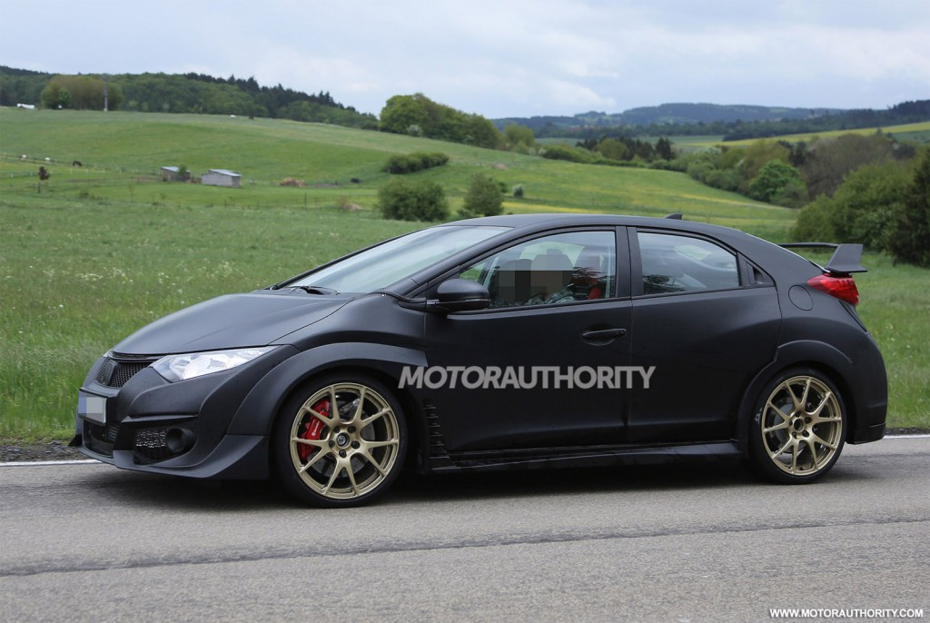 2015 honda civic type r spy shots. Black Bedroom Furniture Sets. Home Design Ideas