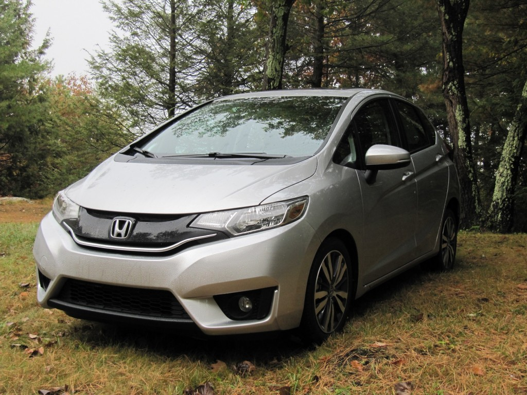 2015 honda fit gas mileage true 40 mpg subcompact or not. Black Bedroom Furniture Sets. Home Design Ideas