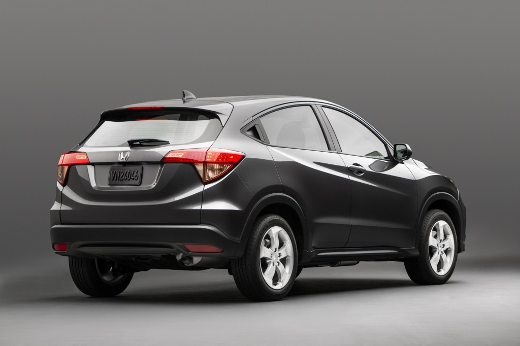2015 honda hr v first look a small but very 39 fit 39 crossover. Black Bedroom Furniture Sets. Home Design Ideas