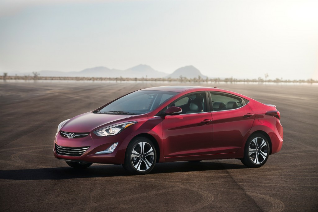 2015 hyundai elantra pictures photos gallery the car connection. Black Bedroom Furniture Sets. Home Design Ideas